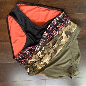 ✴️sale 5/$19! Two bikini bottoms